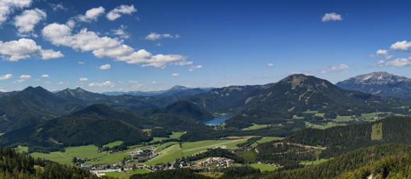 Blick von der Aussichtswarte Bürgeralpe Panorama, © www.mariazell.blog | Fred Lindmoser