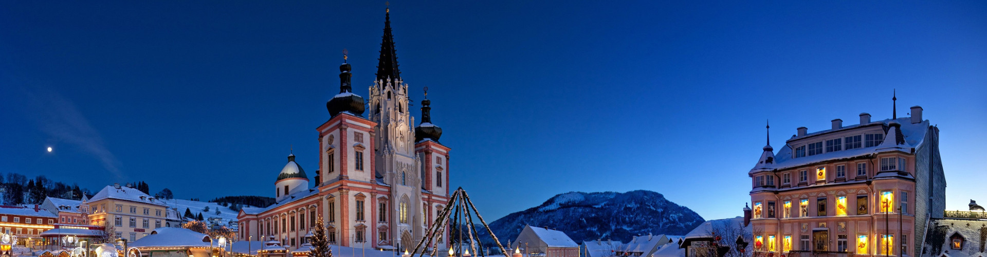 Mariazeller Advent - Blaue Stunde, © www.mariazell.blog