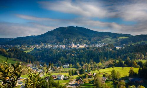 Sigmundsberg Ausblick auf Mariazell_500x300